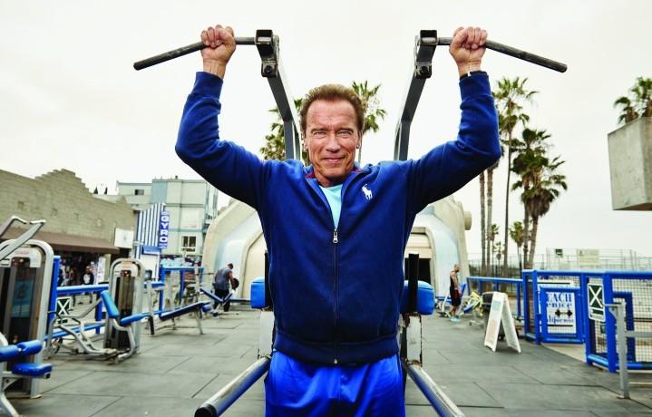 Arnold Schwarzenegger durante un allenamento