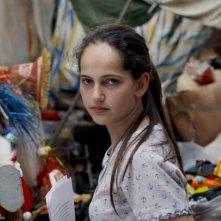 Il cratere: Sharon Caroccia in una scena del film