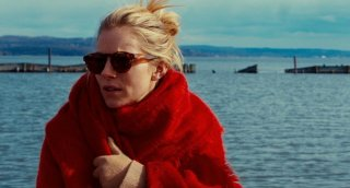 The Private Life of a Modern Woman: Sienna Miller in una scena del film