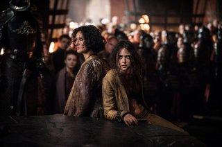 Il trono di spade: Indira Varma e Rosabell Laurenti Sellers nell'episodio La giustizia della Regina