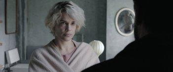 Una famiglia: Micaela Ramazzotti in un momento del film