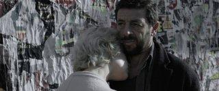 Una famiglia: Micaela Ramazzotti e Patrick Bruel in un momento del film