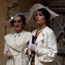 Veleni: Tosca D'Aquino e Gea Martire in una scena del film
