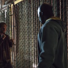 The Defenders: Mike Colter insieme a Finn Jones