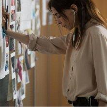 Tueurs: Lubna Azabal in una scena del film