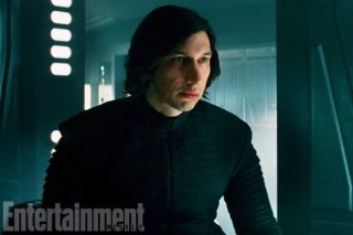 Star Wars: Gli ultimi Jedi, Adam Driver in una foto del film