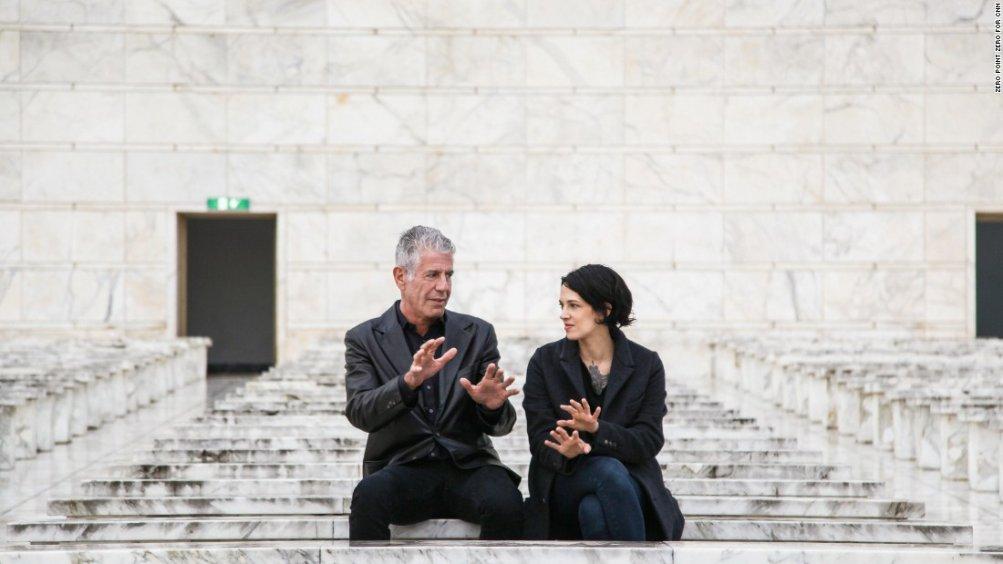 Asia Argento con Anthony Bourdain