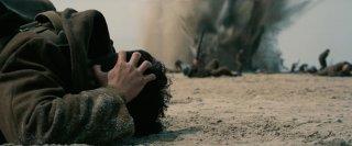 Dunkirk: i soldati sotto il fuoco nemico