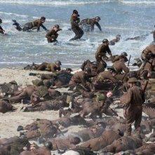 Dunkirk: una scena caotica del film