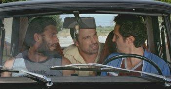 2 biglietti per la lotteria: Doru Boguta, Alexandru Papadopol e Dragos Bucur in un momento del film