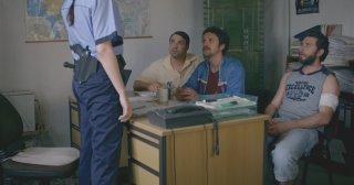 2 biglietti per la lotteria: Doru Boguta, Alexandru Papadopol e Dragos Bucur in un'immagine tratta dal film