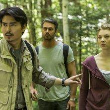Jukai - La foresta dei suicidi: Yukiyoshi Ozawa, Taylor Kinney e Natalie Dormer in un momento del film