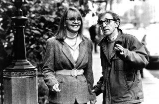 Misterioso omicidio a Manhattan: Diane Keaton e Woody Allen in un momento del film