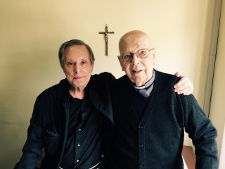 The Devil and Father Amorth: William Friedkin e Padre Gabriele Amorth in un'immagine promozionale