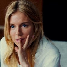 The Private Life of a Modern Woman: Sienna Miller in un'immagine del film