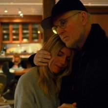 The Private Life of a Modern Woman: Sienna Miller e Charles Grodin in un'immagine del film