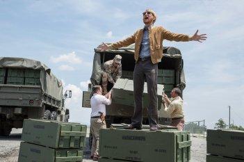 Barry Seal - Una storia americana: Domhnall Gleeson in una scena del film