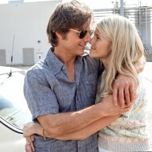 Barry Seal - Una storia americana: Tom Cruise e Sarah Wright in una scena del film