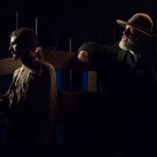 Godless: una foto di Jack O'Connell e Jeff Daniels