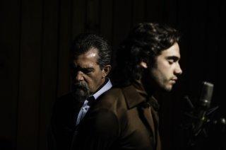 La musica del silenzio: Antonio Banderas e Toby Sebastian in una scena del film