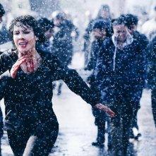 What Happened to Monday: Noomi Rapace in fuga in una scena del film
