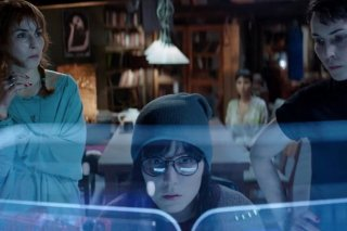 What Happened to Monday: Noomi Rapace si sdoppia in una scena del film