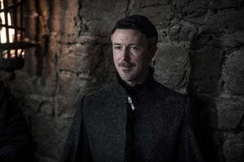 Il Trono di Spade: Aidan Gillen in una foto di The Dragon and the Wolf