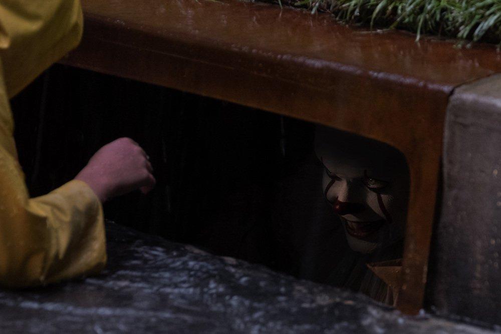 IT: una foto di Pennywise