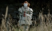 It: Pennywise attende gli spettatori in sala in un divertente video