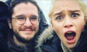 """Il Trono di Spade 7: Emilia Clarke e Kit Harington commentano il loro finale """"caldo"""""""