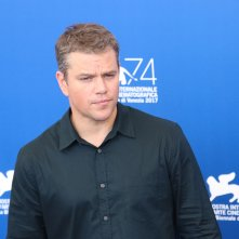 Venezia 2017: uno scatto di Matt Damon al photocall di Downsizing