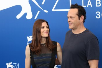 Venezia 2017: Jennifer Carpenter e Vince Vaughn sul red carpet di Brawl in Cell Block 99
