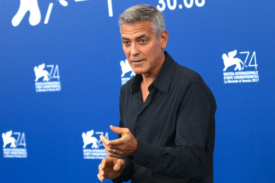 Venezia 2017: uno scatto di George Clooney al photocall di Suburbicon