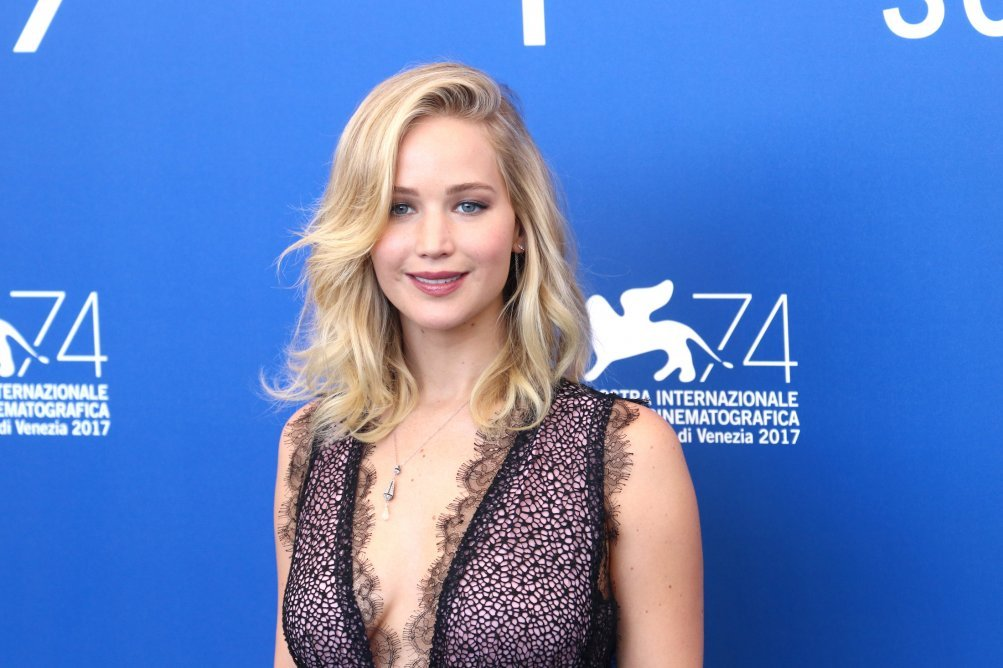 Venezia 2017: Jennifer Lawrence al photocall di Madre!