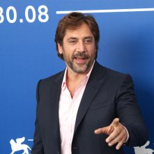 Venezia 2017: Javier Bardem in uno scatto al photocall di Loving Pablo