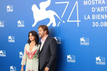 Venezia 2017: Penélope Cruz, Javier Bardem al photocall di Loving Pablo