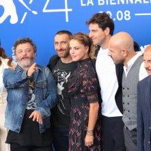Venezia 2017: il cast al photocall di Ammore e malavita
