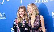 Jennifer Lawrence e Michelle Pfeiffer, la bellezza illumina il red carpet di Venezia (FOTO)