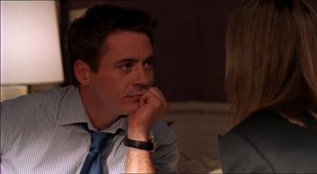 Ally McBeal: Robert Downey Jr. in una foto della serie