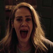 American Horror Story: Sarah Paulson in una scena della settima stagione della serie