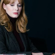 Tin Star: una scena con Christina Hendricks