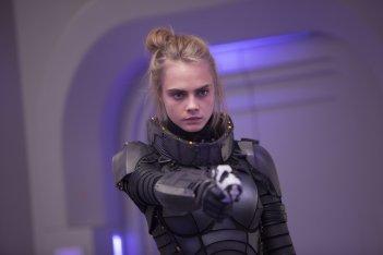 Valerian e la città dei mille pianeti: Cara Delevingne in una scena del film