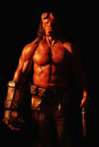 Hellboy: una nuova foto di David Harbour