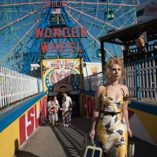 Wonder Wheel: una foto dell'attrice Juno Temple