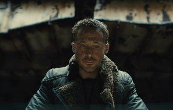 Blade Runner 2049: Ryan Gosling in un momento del film