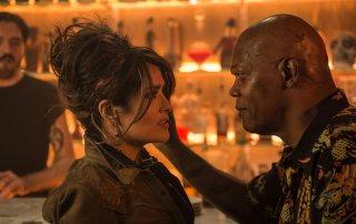 Come ti ammazzo il bodyguard: Samuel L. Jackson e Salma Hayek in una scena del film