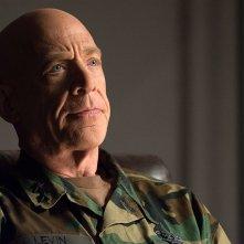Renegades - Comando d'assalto: J.K. Simmons in una scena del film