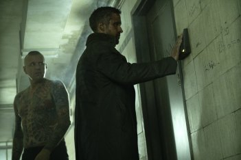 Blade Runner 2049: una foto del protagonista Ryan Gosling