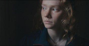 Dopo la guerra: Charlotte Cétaire in un momento del film