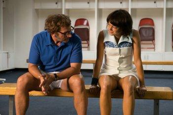 La battaglia dei sessi: Steve Carell ed Emma Stone in una scena del film